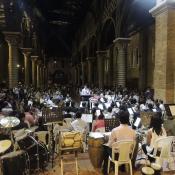Las calles de Pereira se visten de cobre y percusión
