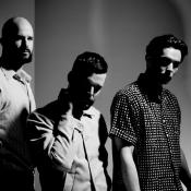 White Lies habla de su nuevo disco: 'Friends'...