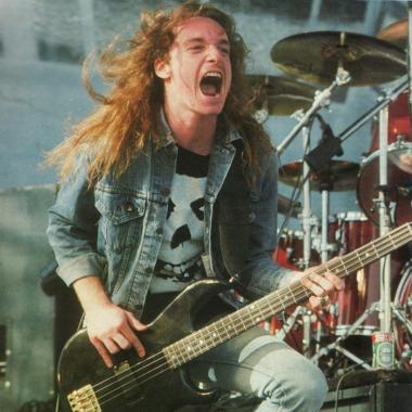 Cliff Burton, el legado de Metallica