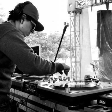 Hablando de DJ's, Hip hop y tornamesas con DJ Dmoe