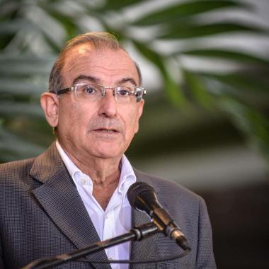 """""""El mejor aporte de los jóvenes es la crítica"""": Humberto de La Calle"""