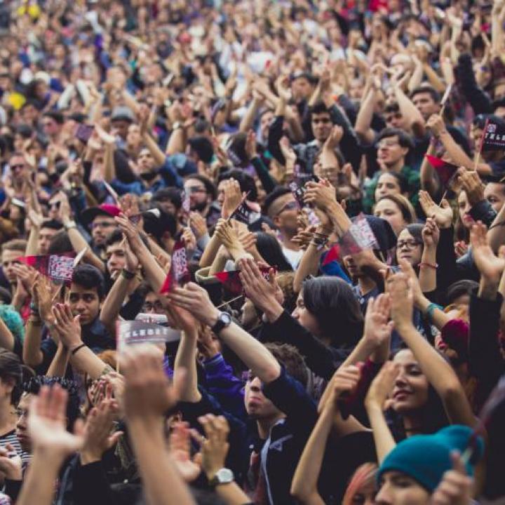 """""""Todos somos responsables de la apatía de los jóvenes"""""""
