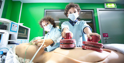 Role_play_kidzania_kid_surgeon_400x205