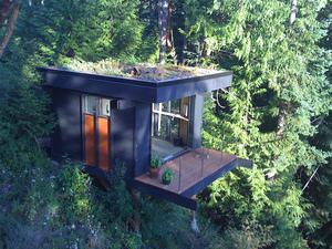 Peter frazier lifehacker tiny house exterior