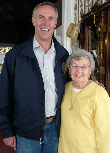 Huffman with Sally Tanner, a prominent former member of the California State Assembly.