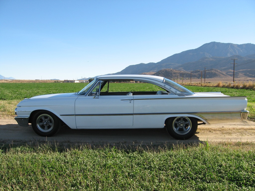 1961 Ford starliner 390 for sale