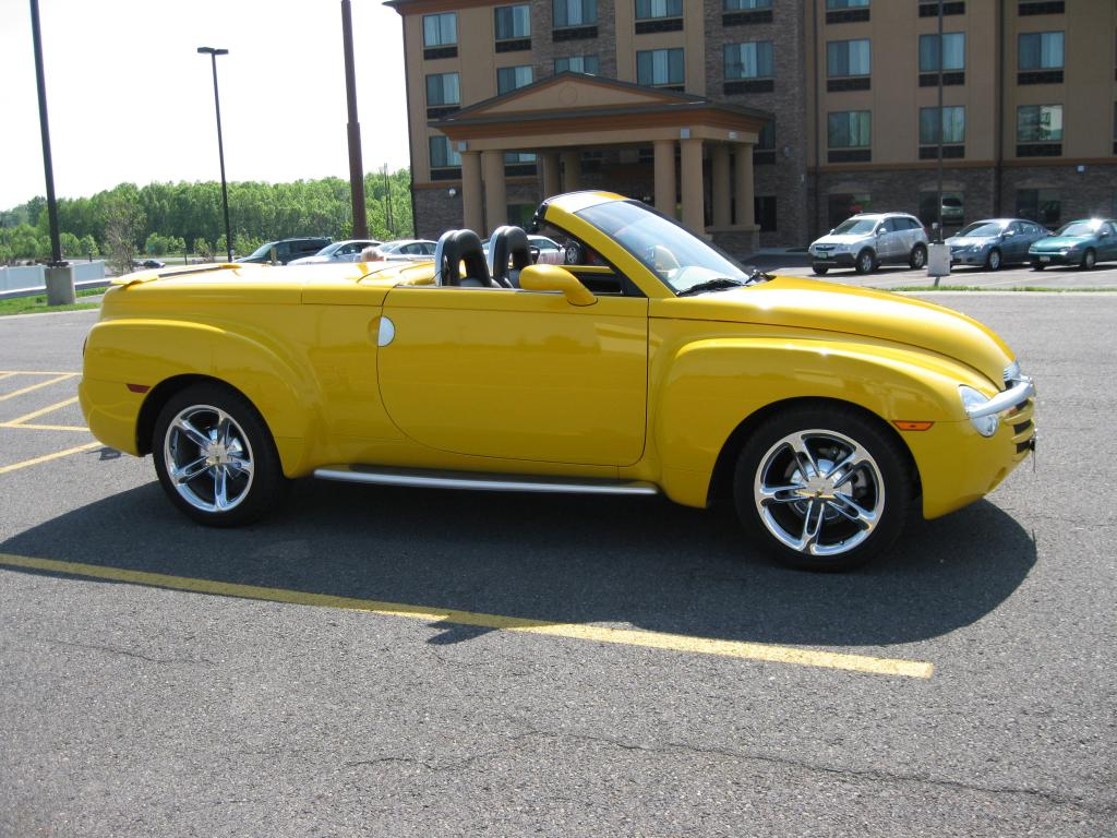 2003 Chevrolet Ssr Convertible Pickup For Sale Hotrodhotline