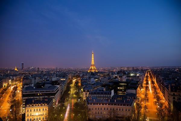 Vyhliadka na Paríž z Víťazného oblúku