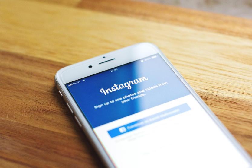 HIre Professionals to Run Instagram