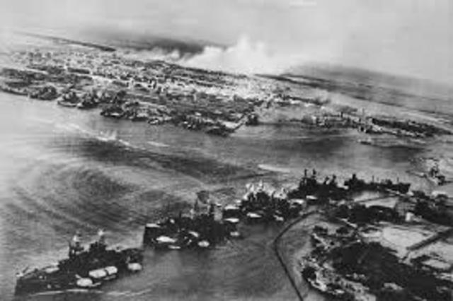 Japan anfaller Pearl Harbor
