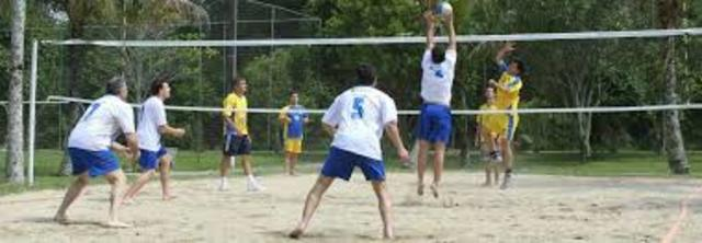 Francia. Voley playa 4X4
