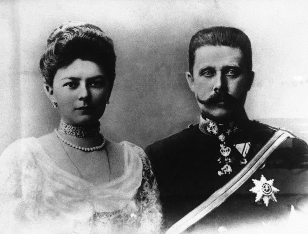 The assassination of Archduke Franz Ferdinand and his wife, Sophie