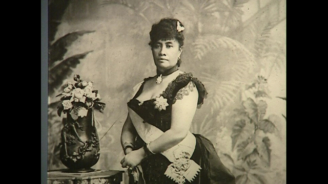 Hawaii's Last Monarch Is Overthrown