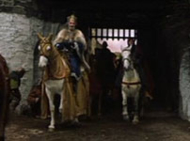Duncan arrives at Macbeth's castle