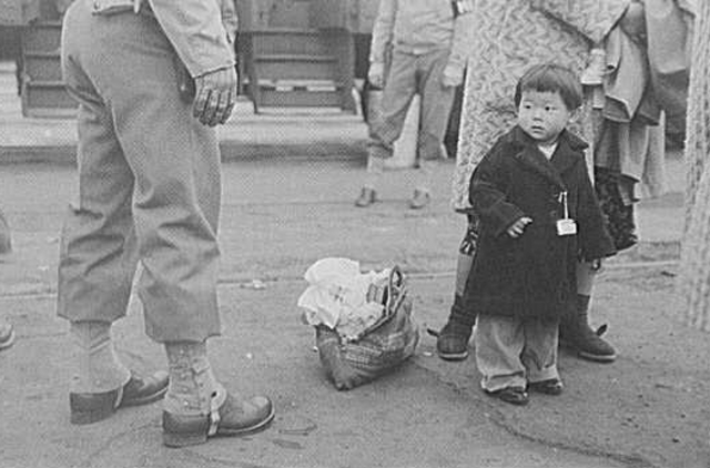 The world's great depression began causing great economic hardships for the Japanese people.