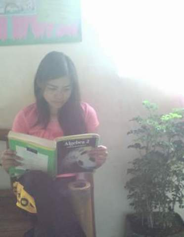 Reading English Book