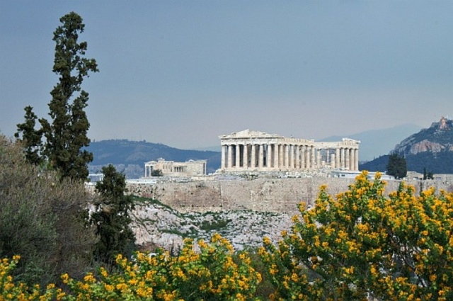 The building of the Parthenon
