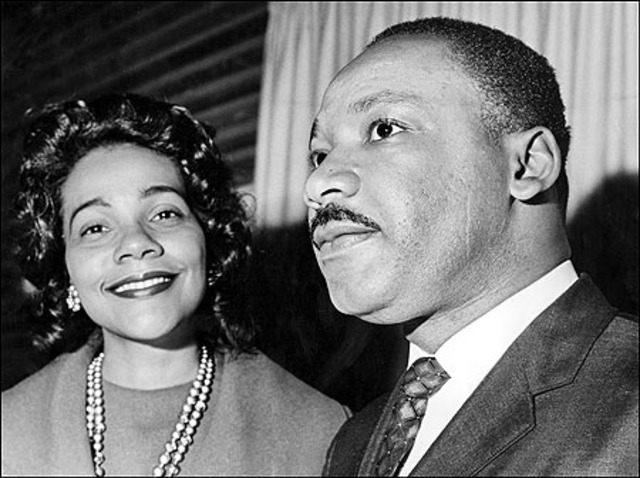 dr. king marries Coretta Scott, smith