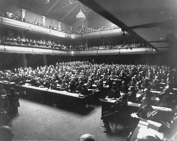 similarities and differences between the un and the league of nations