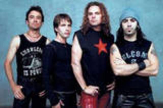Retorna el grupo Maná a sus orígenes con íntimo concierto