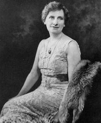 Nellie Tayloe Ross - First Woman Governor!