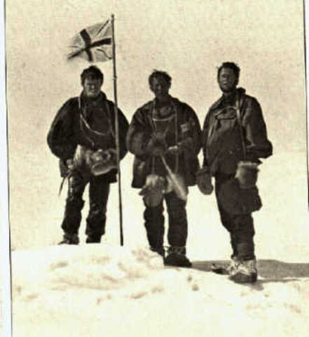 Douglas Mawson Travels to Antarctica