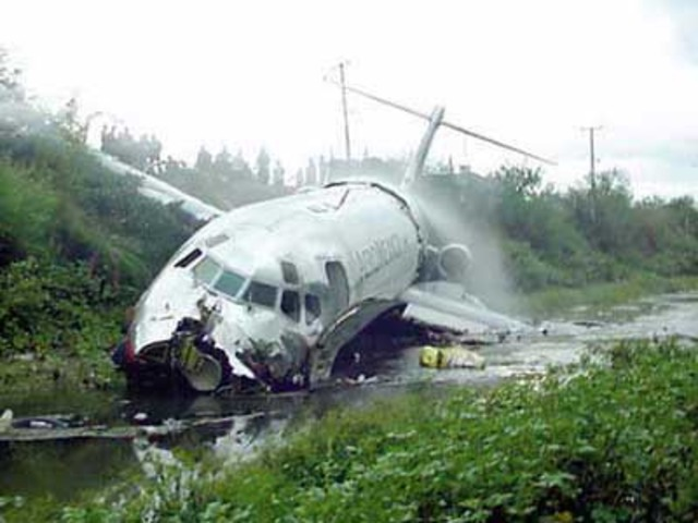Philippine DC-9 crashes apparently killing all 104 on board.