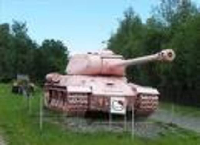 The first tank patented by Australian inventor De La Mole