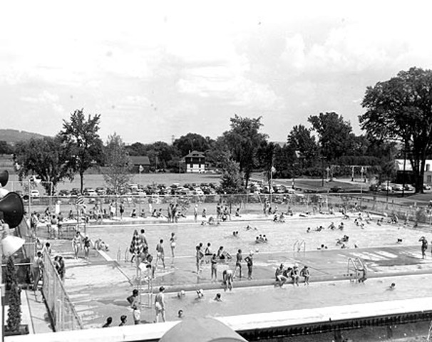 The mayor of St. Louis continued the trend by desegregating the community pools.