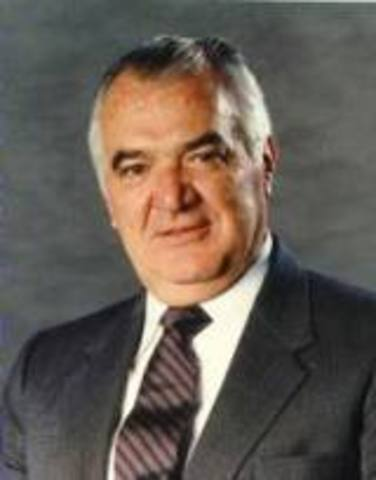 MIGUEL DE LA MADRID HURTADO (1934 -    )