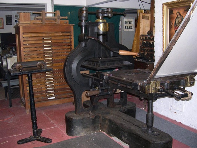 Cast Iron Printing Press