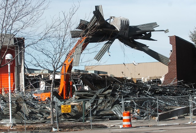 J.C. Penney's razed; Dillard's coming to mall