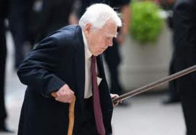 andy rooney racist essay Cbs news' in-house crank and much-loved essayist andy rooney died last night  in  trouble more than once, including for racist and sexist comments attributed to  him,  subject of andy rooney's first essay in 1964: doors.