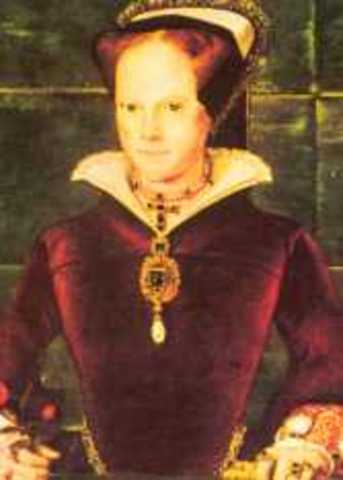Queen Mary i crowned