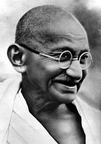 Gandhi Becomes Nationalist Leader
