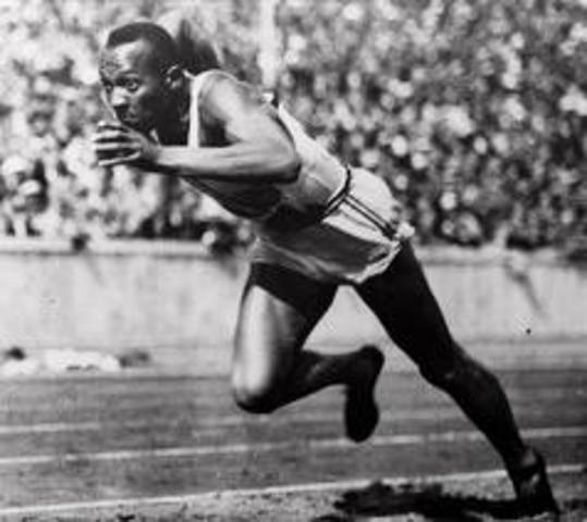 Jesse Owens Wins 4 Olympic Gold Medals (5)