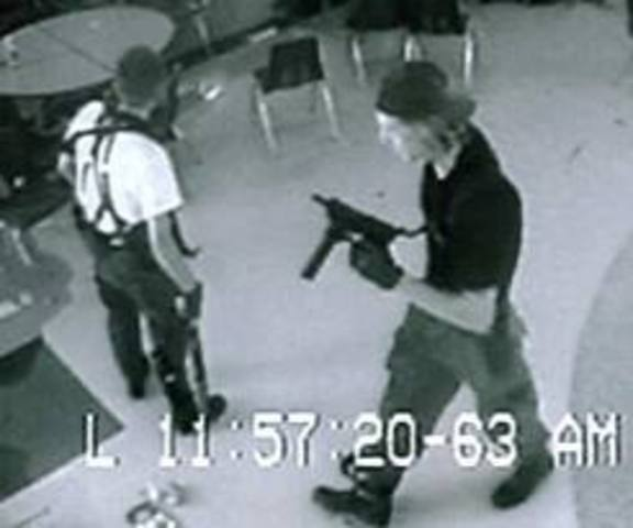 Shooting at Columbine High School (5)