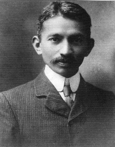 Gandhi Returns to India
