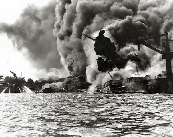 Japan attacks the USA fleet at Pearl Harbor