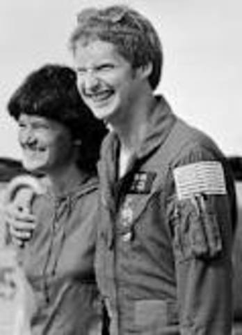Sally Ride gets married.