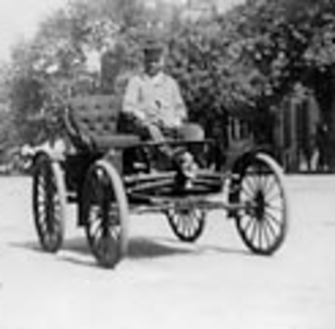 Gasoline 4 wheeled vehicle. made by Gottlieb Wilhelm Daimler and Wilhelm Maybach