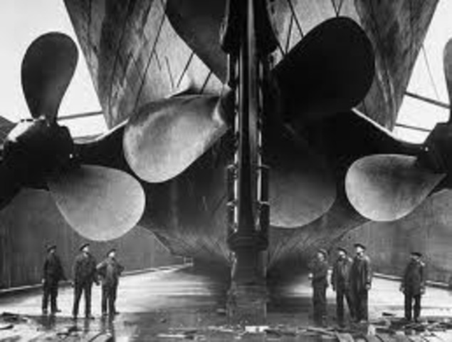 Titanic enters the dry dock