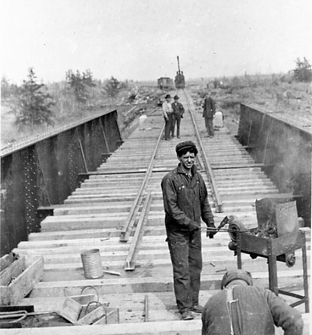 The National Transcontinental Railway is completed (Eastern Canada)