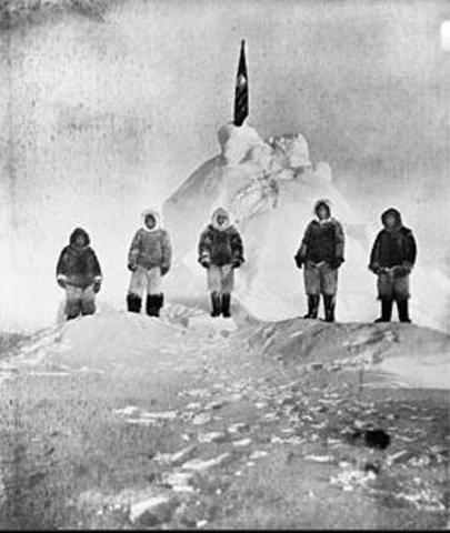 The first photo taken in the north pole