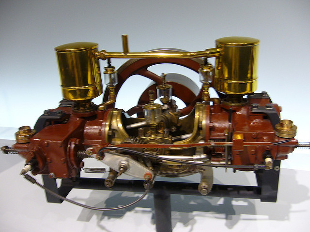 Karl Benz creates first boxer engine