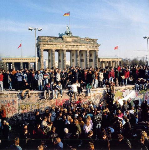 The cold war by allison law timeline timetoast timelines
