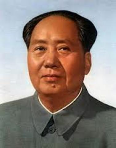 Mao Zedong takes over China