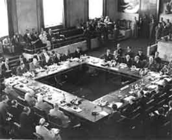 the result of the decisions in geneva in 1954 The geneva conference opened on 26 april 1954 and the first issue to be discussed was the korean question at the outset of the conference, the dprk foreign minister .