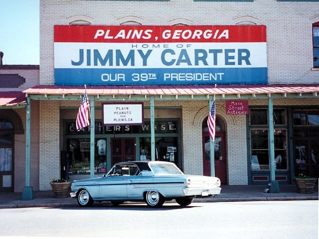 a description of jimmy carter born in october in plains georgia Atlanta weather summary: 80 degrees  former president jimmy carter  collapsed at a habitat build in winnipeg thursday morning  press conference  in plains, ga, after receiving the noble peace prize 11 october, 2002  former  us president jimmy carter celebrates his 85th birthday and the grand.