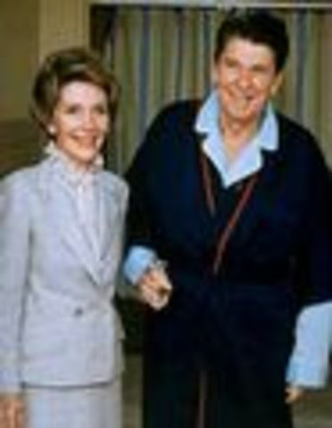 Assasination Attempt of President Reagan (6)